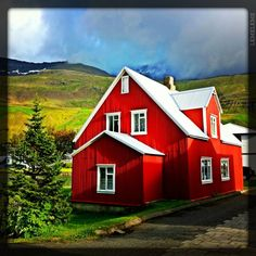 5 things that make Iceland unique (amazing photos) --- read the article and by all means, visit my hometown, and PETRAS stone collection at STÖDVARFJORDUR, east Iceland... Beautiful little fjord,