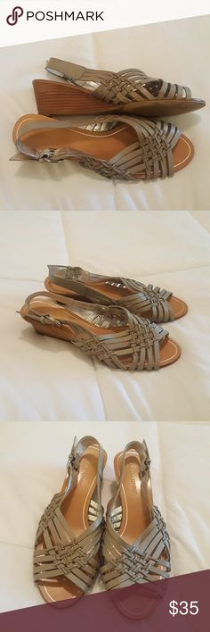 "Banana Republic Gray Strappy Wedge Sandal BANANA REPUBLIC ... Adorable!  Worn once, Like New Condition!!! Gray strappy wedge sandals! Small wedge heel approx 3"" at highest point.  Size 8, fits true to size. Banana Republic Shoes"