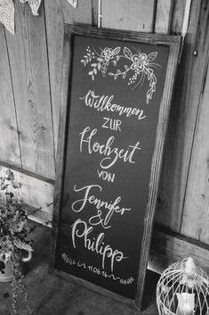 Bemalte Tafel – Vintage in Pastelltönen: Die Hochzeit von Jennifer & Philipp