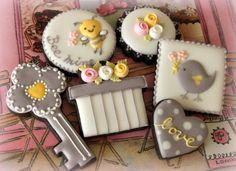 ロイヤルアイシングで作るリボンローズ|~Cookie Crumbs~クッキー・クラムズのアイシングクッキー
