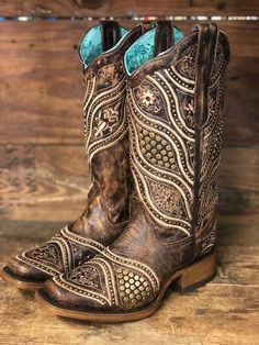 aeda296c557 Corral Women s Distressed Brown Studded Crystal Square Toe Boots E1388