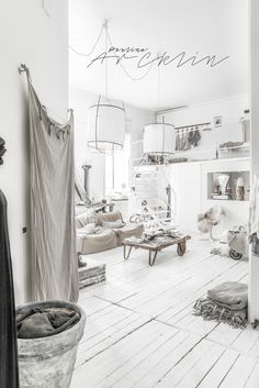 PAULINA ARCKLIN | Photographer + Photo Stylist : MY LOFT