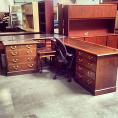 Walnut Traditional Style Desk With Credenza