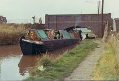 Canals - The Nuneaton and North Warwickshire Local and Family History Web Site - Canals – The Nuneaton and North Warwickshire Local and Family History Web Site - Birmingham Canal, Canal Boat, Narrowboat, History Channel, Coventry, Family History, United Kingdom, British, Water
