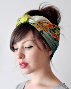 Fresh zomerkapsels with a scarf - Hairstyles How To Wear Headbands, How To Wear Scarves, Bandana Headbands, Headbands For Short Hair, How To Wear A Wig, Quick Hairstyles, Headband Hairstyles, Wedding Hairstyles, Everyday Hairstyles