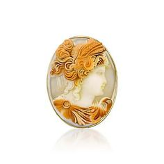 C.1980 Vintage Shell Cameo Pin/Pendant In 14kt Yellow Gold