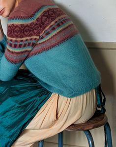 モヘアの編み込みカーディガン