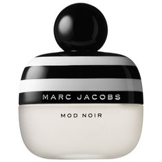 Shop Marc Jacobs Fragrance's Mod Noir at Sephora. This airy fragrance opens with a field of lush, while creamy musks leave a sensual dry down on the skin.