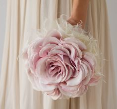 Stunning and Gorgeous, a single large rose bouquet or a Carmen Rose bouquet can be a larger-than-life romantic display of your style on the day of your wedding. Ivory Wedding Flowers, Fall Wedding Bouquets, Bride Bouquets, Flower Bouquet Wedding, Rose Bouquet, Boquet, Alternative Bouquet, Arte Floral, Marie