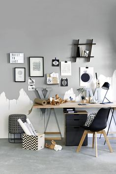Love this graphic office styled by Liezel Norval-Kruger for Plascon Spaces Magazine