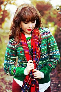 """Drawing Dreaming: """"Holidays"""" > Outfit - Green christmas sweater; red tartan scarf; burgundy pants; denim blouse; black zipper boots"""