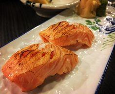 #indulging my #friday with some #goodeats - my all time #favourite #aburi #salmon #sushi :) #yammmm! #금요일밤 은 #일식 으로 마무리 마침 오늘 횟감이 들어온 날이라 싱싱한 사시미  내사랑 #아부리 #연어 #초밥 까지 ㅎㅎ . . #instafood #foodporn #japanese #delicious #yammy #먹스타그램 #스시 #배고파 #맛스타그램 #이것은빙산의일각일뿐 by rosyfairytale