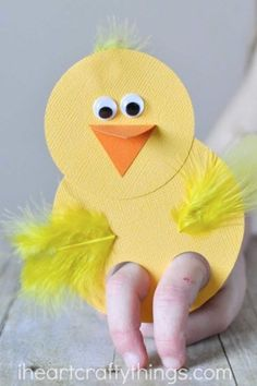 Chick Finger Puppets: This darling craft is a sweet toy your kids can play with too! After making these together, kids can continue the fun by putting on a finger puppet show. Click through to find more simple, easy and fun Easter crafts to make with your kids.