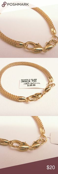 """NWT Brighton """"Beverly Glam"""" bracelet (gold) Mesh bracelet for collecting Brighton charms! Lobster claw clasp. Length: 8 1/4"""" Brighton Jewelry Bracelets"""