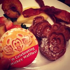 There's really nothing better to celebrate in the mornings!!! #mickeywaffles #celebrate #mickey #disneyland #California #breakfast #bacon #vacation by jusmg