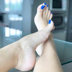 Just a guy that loves feet and wants to share my love with others. Foot Pics, Foot Pictures, Pretty Toe Nails, Pretty Toes, Feet Soles, Women's Feet, Blue Toes, Brian Atwood Shoes, Painted Toes