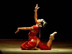 Strong toplight (as special) within a weaker general cover and white front fill Indian Classical Dance, Best Dance, Silhouette Art, Asana, Culture, Dancers, Fill, Oriental, Strong