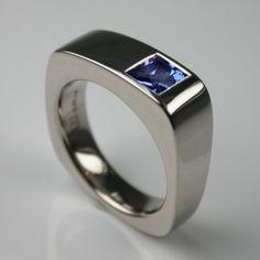 Jump 5 Ring in White Gold & Blue Sapphire  - Engagement Rings London - Designer Jewellery by Stephen Einhorn