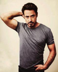 Tony Stark playing RDJ