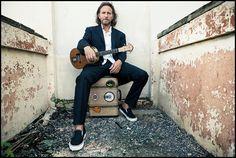 Eddie Vedder - can't find the butterman!