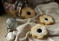 Biscotti friabili alla marmellata