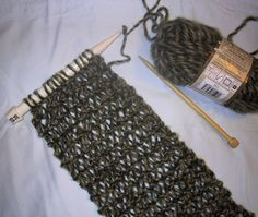 Cool technique -- would make a nice cowl. Suzies Stuff: CONDO KNIT SCARF