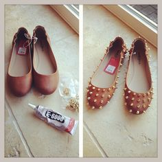 Get bored with your old shoes? Add some studs around your shoes. To create a funky new look. Shoe Makeover, Spike Shoes, Old Shoes, How To Make Shoes, Zara Shoes, Diy Clothing, Diy Fashion, Girls Shoes, Diy Design