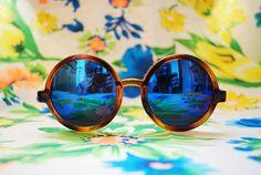 Hey, ho trovato questa fantastica inserzione di Etsy su https://www.etsy.com/it/listing/202249546/50-off-oversized-round-sunglasses