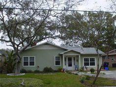 4215 W Zelar St, Tampa, FL 33629.  5/3 Home w/ Bonus Room & Fab Fenced in Yard & Patio!