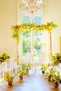 Arche de cérémonie réalisée à l'occasion du Lab Oui². Avec cadres fleuris pour Photobooth.  Retrouvez mes compositions florales sur www.drissia.fr et www.facebook.com/pages/drissia