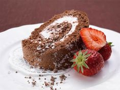 Minttu-suklaakääretorttu | Valio Cake Bars, Rolls, Cupcakes, Baking, Breakfast, Desserts, Recipes, Roll Cakes, Food