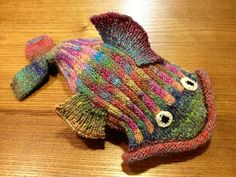 LunabudKnits: Dead Fish Hat, Wednesday, January 30, 2013