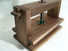 genial (prensa de encuadernación en madera maciza)
