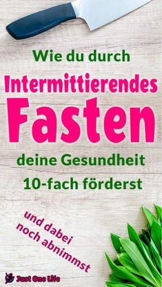Wie du durch intermittierendes Fasten deine Gesundheit förderst Find out how intermittent fasting improves your health and how fast interval weight loss helps you lose weight. You will get weight loss tips as well as a weight loss plan. Weight Loss Help, Trying To Lose Weight, Ways To Lose Weight, Losing Weight, Fat Flush, Easy Diet Plan, Going Vegetarian, Plant Based Diet, Intermittent Fasting