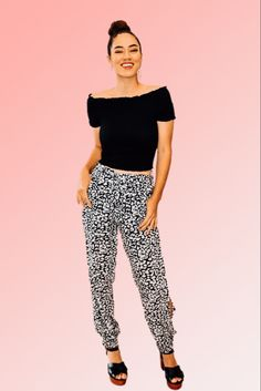 BLACK LEOPARD PRINT CUFFED JOGGERS WITH OPEN SLIT SIDES. 100% RAYON. PIPER IS 5'4, SIZE 0 WEARING A SMALL STEPHANIE IS 5'1 SIZE 4, WEARING A SMALL . NIKI IS A SIZE 14, WEARING A SIZE XLARGE. XS 0-2 S 4-6 M 8-10 L 12-14 XL 14-16 Latest Summer Fashion, Cuffed Joggers, Late Summer, 5 S, Size 14, Capri Pants, How To Wear, Black, Capri Trousers