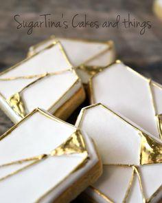 #goldandwhite #geometricalcookies #geometrical #cookies #wedding #sugarpaste #sugartina #sugartinascakesandthings Sugar Paste, Candy, Cookies, Gold, Wedding, Jewelry, Crack Crackers, Valentines Day Weddings, Jewlery