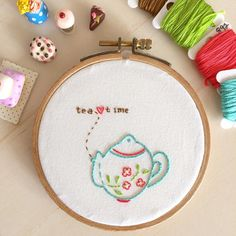 A bit of tea before getting ready for meeting. May you all have (had) a beau-tea☕️-ful #Sunday! . #needleart #hobby #embroidery #needlework #handembroidery #bordado #broderie #ricamo #stitchery #stickerei #design #diseño #pattern #刺繍 #자수 #hoopart #vintage #art  #handmade #design #craft #happy #colors #tea #dmcthreads