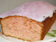 Three Minute Jelly Cake Very easy cake recipe. also very blah and boring. Easy Cake Recipes, Sweets Recipes, Baking Recipes, Cook Desserts, Easter Recipes, Kitchen Recipes, Australian Food, Australian Recipes, Cake Stall