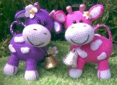 Mesmerizing Crochet an Amigurumi Rabbit Ideas. Lovely Crochet an Amigurumi Rabbit Ideas. Crochet Cow, Crochet Patterns Amigurumi, Cute Crochet, Crochet Animals, Beautiful Crochet, Crochet Dolls, Diy Crafts Crochet, Crochet Projects, Rabbit Crafts