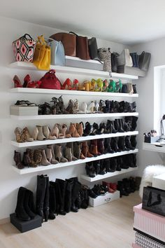 dressing-room, wardrobe, closet, cupboard space, inspiration, interior, shoes, shoe wall, rod wall, dresser, expedit, ikea, pax, decoration