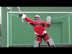 TK Hockey - Goalkeeping techniques - by Amy Tran, Max Weinhold, Yvonne Frank and Rassie Pieterse Field Hockey Goalie, Goalkeeper, Drills, Amy, Youtube, Sport, Board, Fo Porter, Exercises