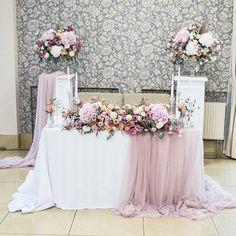 Trendy Ideas For Nature Wedding Ceremony Receptions Head Table Wedding, Bridal Table, Wedding Table Decorations, Wedding Themes, Wedding Colors, Wedding Ceremony, Our Wedding, Wedding Flowers, Dream Wedding