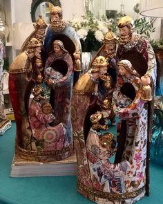 """Com a @casavie desejo um domingo de muita paz generosidade humildade e simplicidade...  Que o espírito do Natal esteja sempre presente em nossos lares.  Aproveitando já está na hora de iniciar os preparativos para esta data especial!  Não deixe para última hora... Que tal começar sua décor pelo presépio?! Seja para decorar ou abençoar o seu lar ou mesmo presentear {} ele será uma ótima opção.  Ah e se for um destes da @casavie então com certeza irá iniciar com """"chave de ouro"""". {Já vou avisar…"""