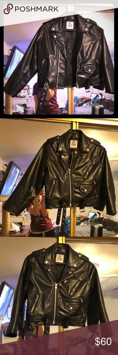 UNIF staple crop black vegan leather moto jacket S Authentic UNIF staple crop moto jacket!  Made of vegan pleather.  Great condition, only worn a handful of times! Offers always accepted. UNIF Jackets & Coats
