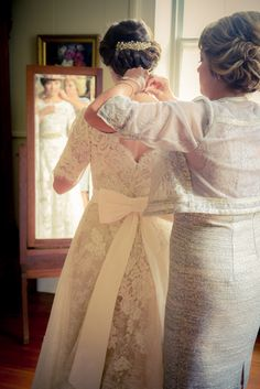 Southern Fete, southern wedding, mother and daughter, wedding day, lace wedding dress