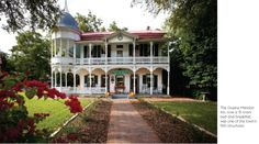 Gruene Historic District Brings History Into the Modern Age - Summer 2014