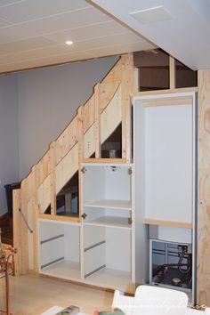 32 Nice Understairs Storage Design Ideas 32 Nice Understairs Storage Design Ideas – When home owners think about updating their stairs and hallway, they tend to focus only on tasks such as replacing the stair balustrade, handrails, sp…