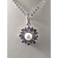 Vintage 18k White Gold Flower pendant with Sapphires and Pearl Gift... ($300) ❤ liked on Polyvore featuring jewelry, pendants and vintagejewelries