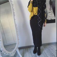Neck scarf & skirt combo