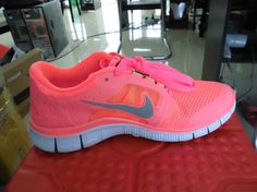 site full of nike free for off Nike Free Run 3, Free Shoes, Running Shoes, Nike Women, Sneakers Nike, Diy Projects, Hot, Fashion, Runing Shoes